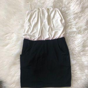 Sweet storm mini dress with pockets